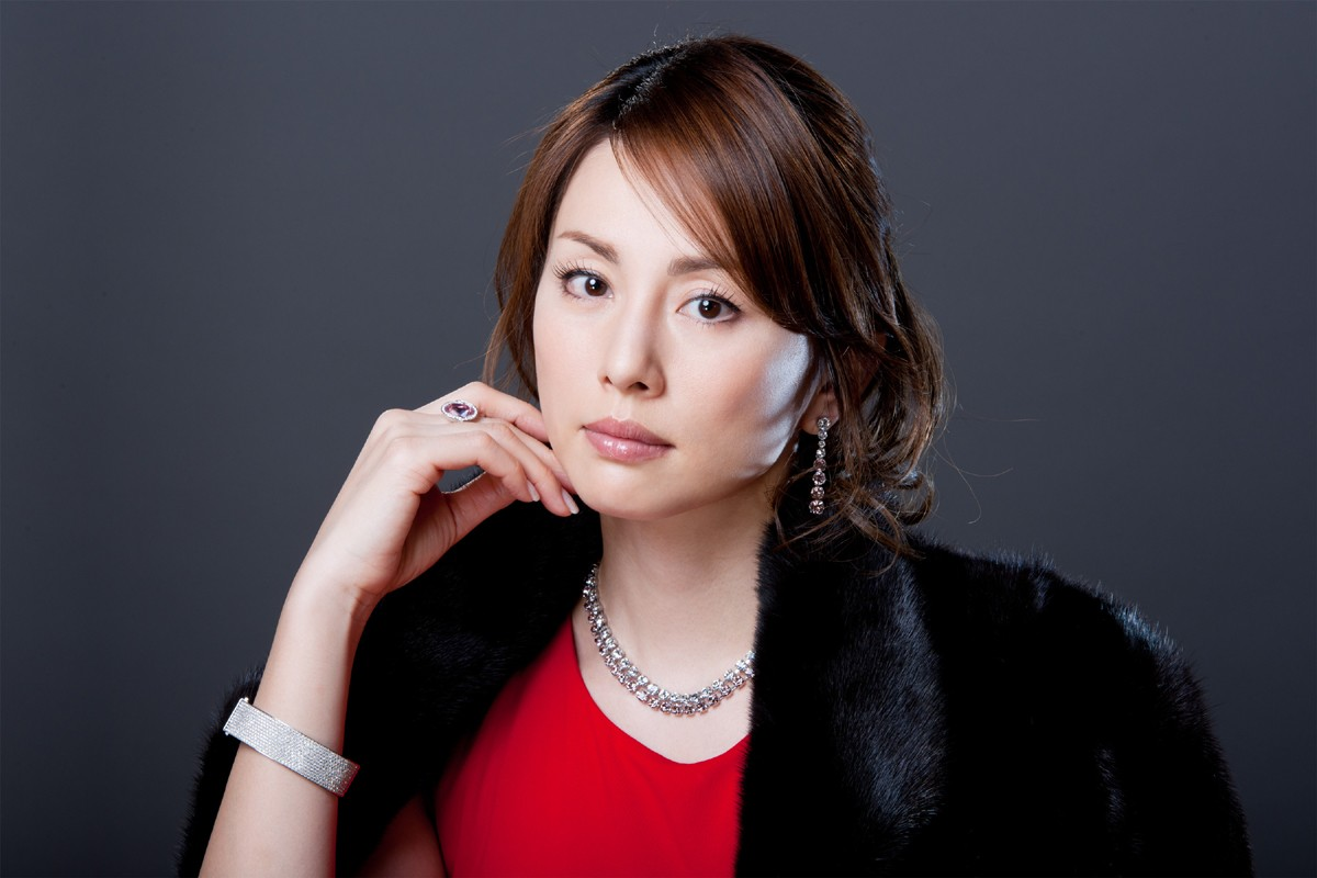 いい女の米倉涼子