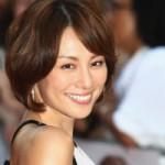 【画像あり】米倉涼子が電撃ゴールイン!結婚相手はイケメン会社経営者。